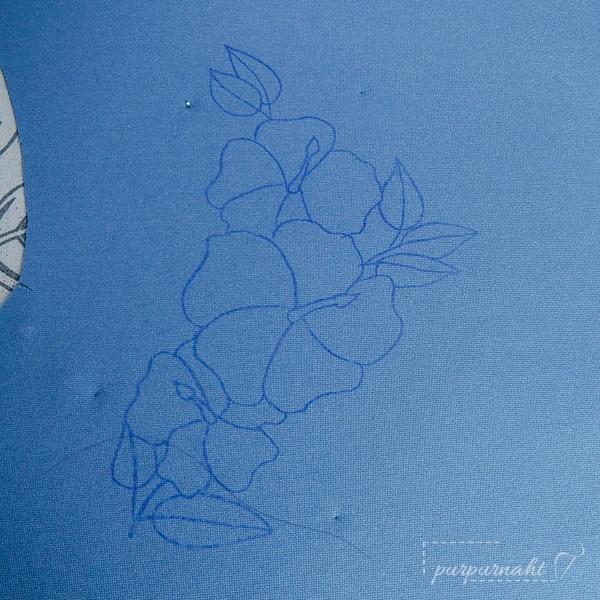 das aufgebügelte Motiv für das Blumenshirt