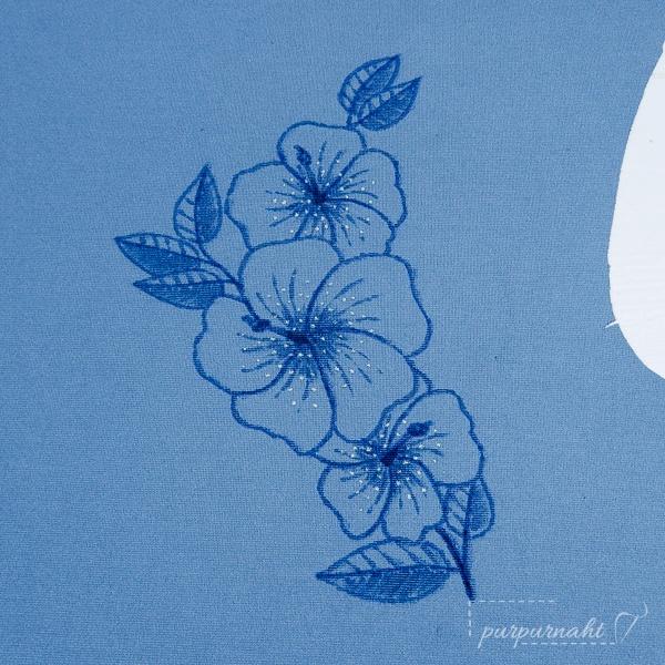fertig gezeichnetes Motiv für das Blumenshirt